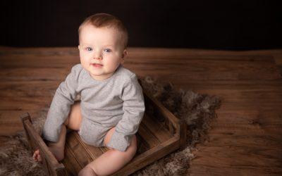 Baby B's milestone session